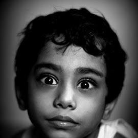 wonders of innocence by Gautam Barik - Novices Only Portraits & People ( black & white, wonder, innocence, children photography, portrait )