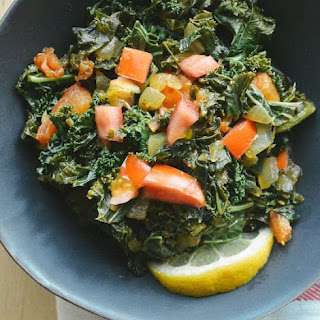 Sukuma Wiki (African Braised Kale with Tomatoes)