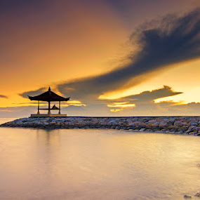Five finger cloud by Eris Suhendra - Landscapes Sunsets & Sunrises ( clouds, bali, roll, coral, sky, sanur, rock, sunrise, beach, travel, landscapes, nikon )