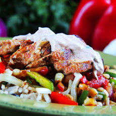 Honey Lime Chipotle Chicken Fajita Bowls with Chipotle Lime Crema