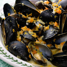 Mussels in Blue Cheese Sauce