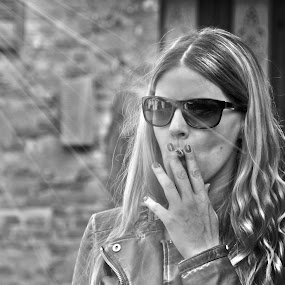 My love! by Stefano Rho - People Portraits of Women ( blackandwhite, milan, model, blonde, b&w, smoking, sigarette, woman, milano, smoke, portrait, person )