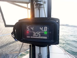 Screenshot of SailBot Sailing Instrument