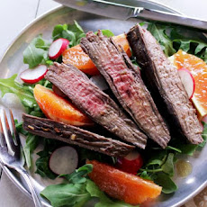 SPICY STEAK SALAD WITH ARUGULA AND ORANGES