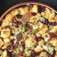 Classic Bread Stuffing with Sausage