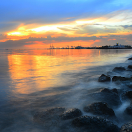 Manila Bay by Fresco Jr Linga - Landscapes Sunsets & Sunrises
