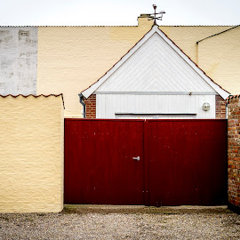 Lines and color by Morten Rasmussen - Abstract Patterns ( building, color, ringkøbing, lines )