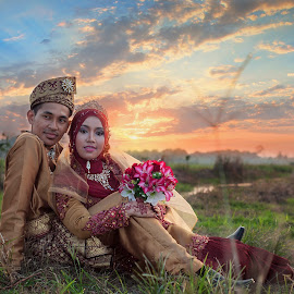 by Kamal Arifin - Wedding Bride & Groom