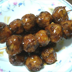 Japanese Meatballs in Sweet Soy Sauce (Niku Dango)