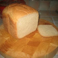 Lou's Tasty White Loaf Made In A Breadmaker