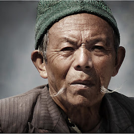 Shadowy Look by Kallol Dutta - People Portraits of Men ( light n shadow, color, people, portrait of men, emotion )