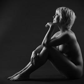 Janica by Simo Järvinen - Nudes & Boudoir Artistic Nude