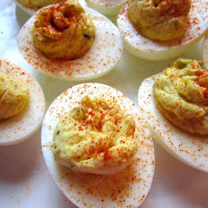 Classic Deviled Eggs Recipe