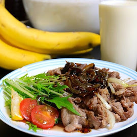 Grilled beef with teriyaki sauce  Ala dhlan,, by Deni Dahlan - Food & Drink Meats & Cheeses