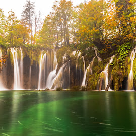 Plitvice National Park by Stephen Bridger - Landscapes Waterscapes ( europe, waterfalls, outdoor photography, plitvice falls, waterfall, croatia, travel, plitvice, national park, nature, plitvice waterfalls, outdoors, plitvice lakes, nature photography, travel photography )