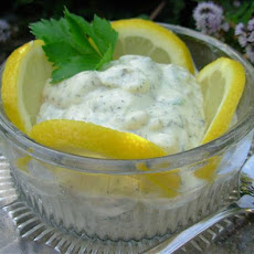 Tasty and Super Easy Tartar Sauce