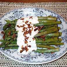Asparagus With Goat Cheese Sauce