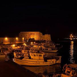 by Αντώνης Ανδρουλάκης - Landscapes Travel ( heraklion, port, night, instanight, crete, greece, sea, castle, fortress, venetian, orange, light )