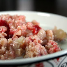 Weight Watchers' Applesauce-Cranberry Oatmeal