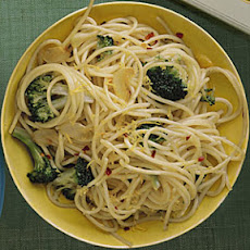 Spaghetti with Broccoli and Lemon