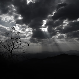 RAYS...... by Siddharth Pujari - Landscapes Cloud Formations ( canon, india, 600d, rays,  )