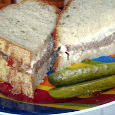 Spicy Meatloaf Sandwiches