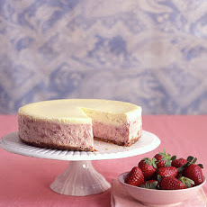 Strawberries-and-Cream Cheesecake