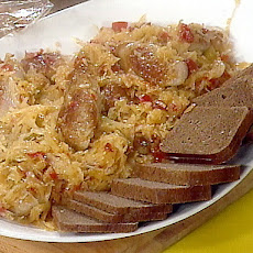 Bratwurst with Sweet-and-Sour Kraut and Dark Bread