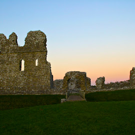 Ogmore Castle sunset by Amanda Callow - Buildings & Architecture Public & Historical ( wales, monument, castle, historical, landscape )