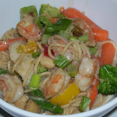 Linguine With Scallops and Shrimp in Thai Green Curry Sauce