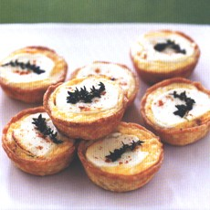 Caramelised Onion Tartlets with Goats' Cheese and Thyme