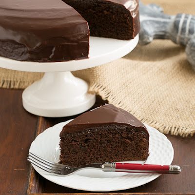 One Layer Fudge Cake