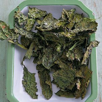 Kale Chips with Sea Salt and Smoked Paprika