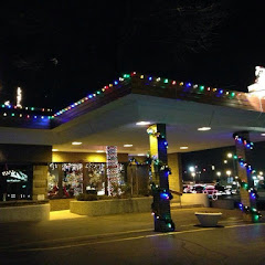 Be sure to visit during Christmas time. Prettiest decorations in town!