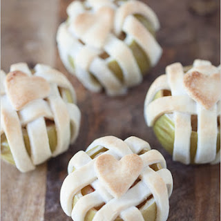 Easy Holiday Recipe | Apple Pie Baked In An Apple