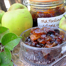 Old Fashioned Scottish Apple and Ginger Chutney