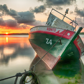 Sunset IV by Alexandre Carvalho - Transportation Boats ( nature, sunset, nikkor 16-35, nikon, light, sun )