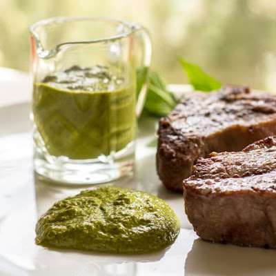 Spicy Mint Pesto with Grilled Lamb Chops
