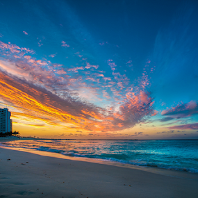Cancun Sunrise by Cristobal Garciaferro Rubio - Landscapes Sunsets & Sunrises ( shore, sand, cancun sunrise, rise, sea, risecancun )