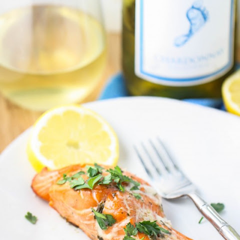 Grilled Salmon with Chardonnay Sauce