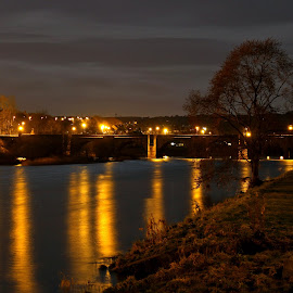 The River Dee (Aberdeen, Scotland) by night by Lewis Cooke - City,  Street & Park  Night ( canon, scotland, dee, 1100d, night, aberdeen, river )