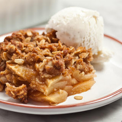 Easy Apple Crisp with Oatmeal Streusel