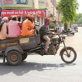 Chhakado by Thakkar Mj - Transportation Other ( passenger, gujarat, chhakado, motorcycle, india )