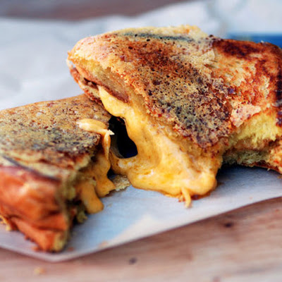 Crisp Grilled Cheese Sandwich