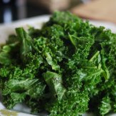 Simple Kale Avocado Salad Recipe