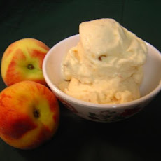 Fresh Peach Ice Cream (Regular and Diet Versions)
