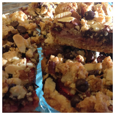 Strawberry Nut Crumble Bars