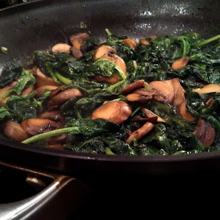 Spinach Sautéed with Mushrooms and Green Onions