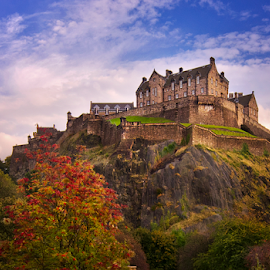 Edinburgh Castle by Grzegorz Gluchy - Landscapes Travel ( scotland, hills, edinburgh, autumn, castle )