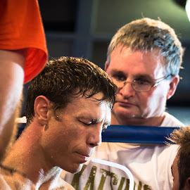 Absorbing the Pain by Michael Jones - Sports & Fitness Boxing